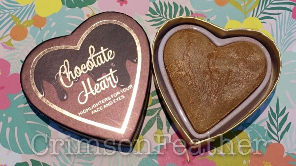 I-Heart-Revolution-Chocolate-Heart-Bronzer