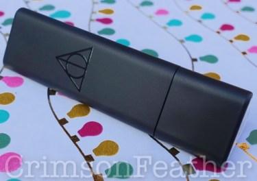 Harry-Potter-Dark-Arts-Colour-Illusion-Lipstick-Case-2
