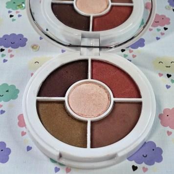 I-Heart-Revolution-Donut-Tray-Peanut-Butter-Jelly-Palette-Inside