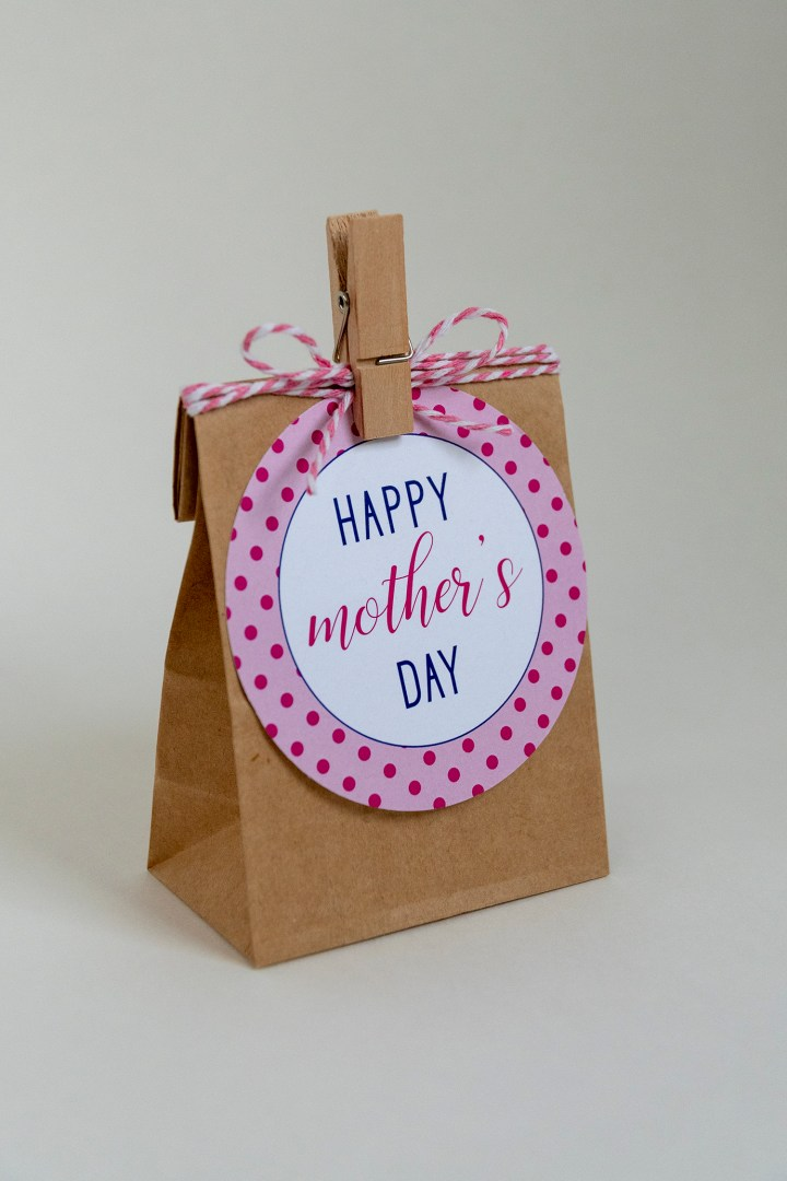 Free Printable Pink Happy Mother's Day Gift Tags