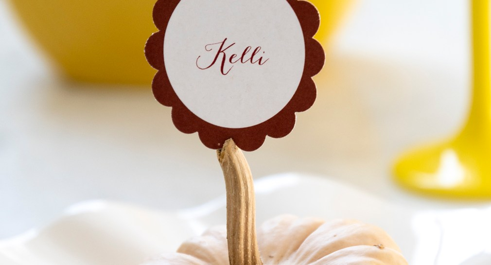 Free Printable Thanksgiving Place Cards with Mini Pumpkins