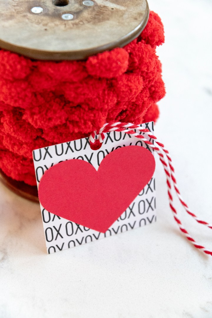 Easy Valentine's Day gift tag tutorial