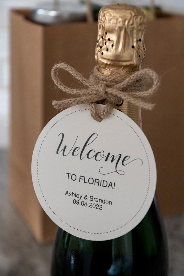 Free printable wedding welcome wine tag