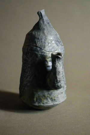 керамичен чайник, изцяло ръчно изработен авторски съд, предназначен за декорация