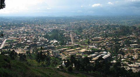 Bamenda_from_mountain_road