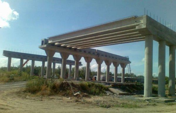 Следить за строительством мостоперехода в Херсоне будут киевляне