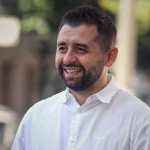 «Слугам народу» вигідніше програти місцеві вибори — Арахамія