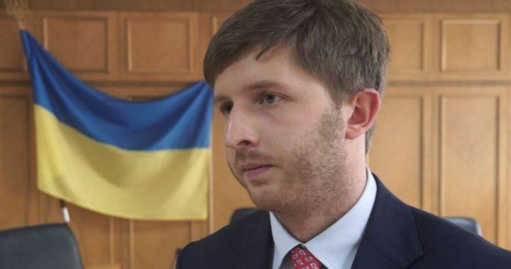 Ексголова НКРЕКП Вовк заявляє, що «Інтерпол» відмовився оголосити його в розшук