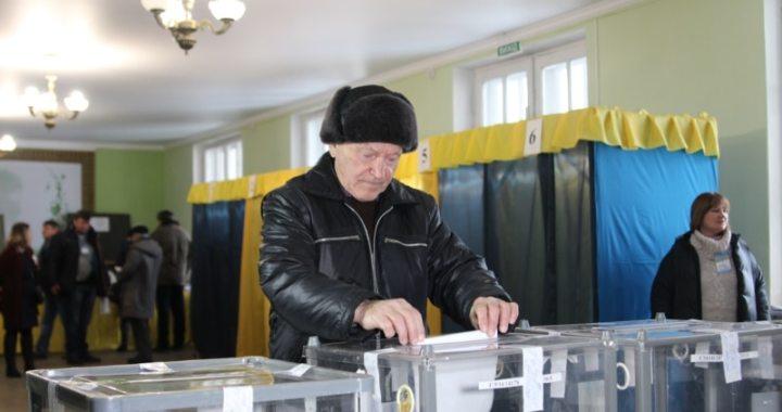 От Покровска в Раду идут адвокат Лусварги и Шария, генпродюссер 112 и другие киевляне