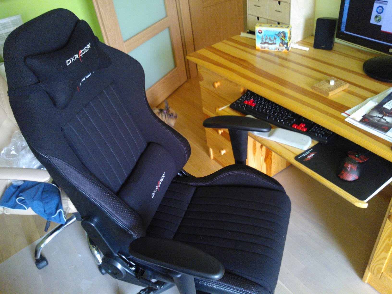 Ultimate computer chair  DXRacer  Nihil novi sub sole
