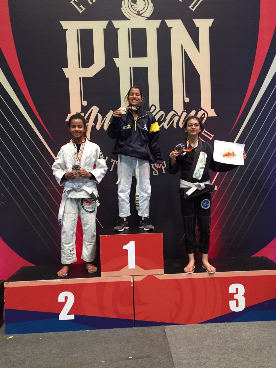 Alunas da Escolinha de Ilhabela vencem Pan-Americano de Jiu-Jitsu Esportivo em São Paulo