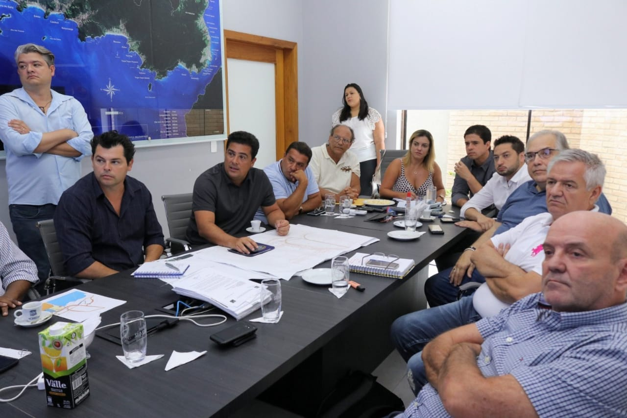 Prefeito recebe secretários estaduais para tratar questões ligadas ao sistema viário e a travessia de balsas
