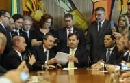 Com previsão de economia de R$ 1,16 trilhão em 10 anos, reforma da Previdência chega ao Congresso Nacional