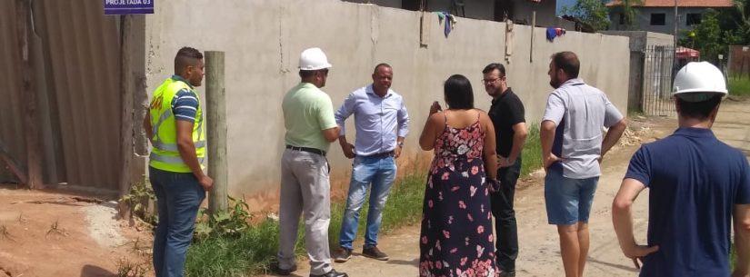 Funcionários da Prefeitura de Caraguatatuba e da EDP vistoriam região Pegorelli para prolongamento de rede