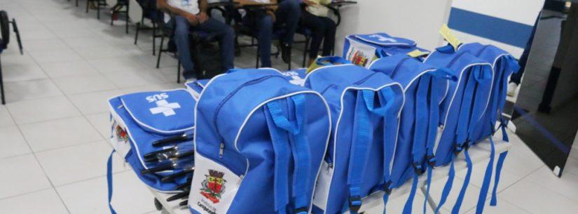 Caraguatatuba entrega kits de uniformes novos a agentes comunitários de saúde (ACS)