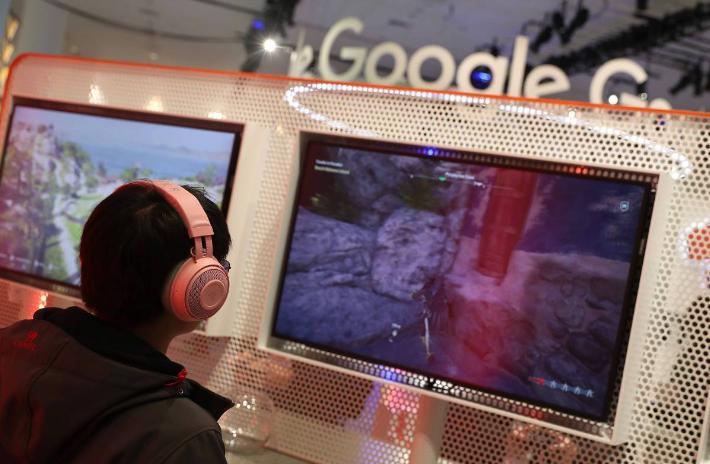 """As análises sobre o novo produto afirmaram: """"O Google Stadia mudará para sempre a indústria de games e como as pessoas consomem jogos"""". Está certo. No entanto, na verdade esse modelo vai mudar para sempre toda a indústria de telecomunicações e como as pessoas se conectam à internet."""