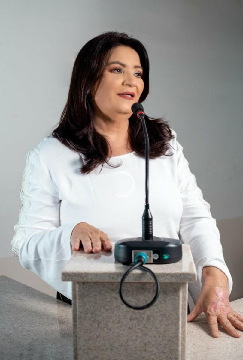 Serra Talhada: vereadora Alice Conrado cobra liberação dos mototaxistas ao  Governo do Estado - FalaPE