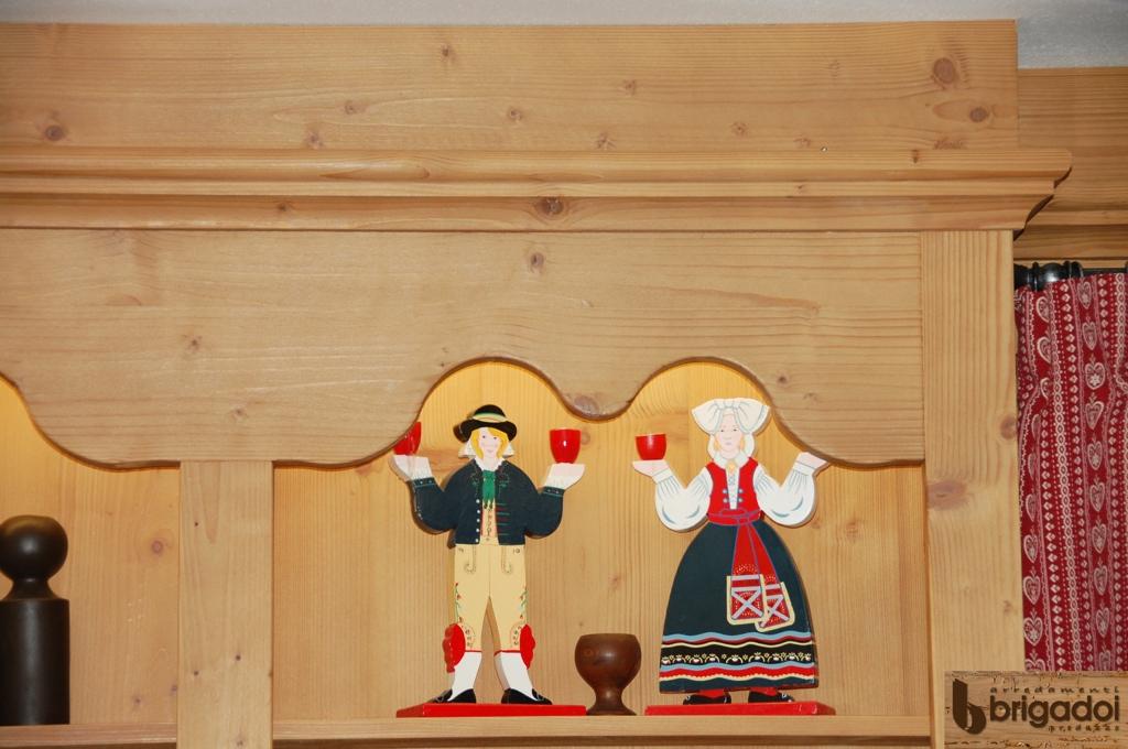 arredamento legno chalet val di fassa arredamenti brigadoi