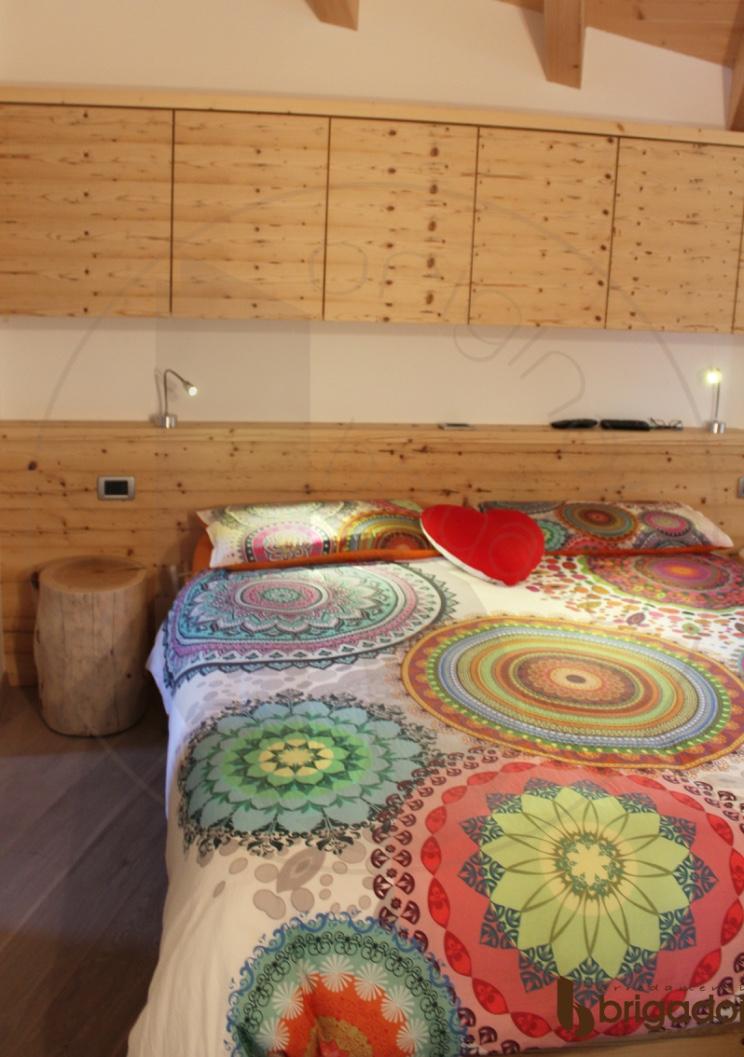 camera legno vecchio arredamenti brigadoi