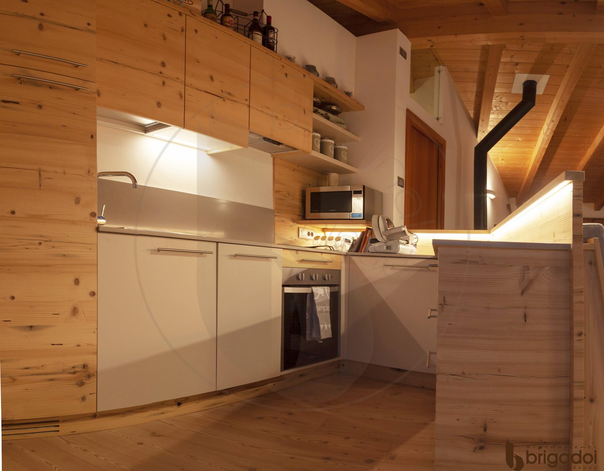 arredamenti falegnameria brigadoi legno trentino val di fiemme design mountain dolomiti cucina