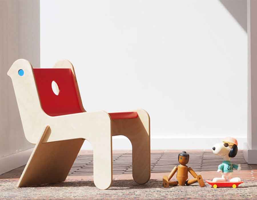 Robin-Day-Childsply-wooden-chair