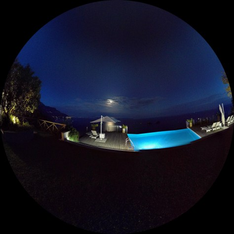 La luna through a fish eye lens. Photo by j a-b.