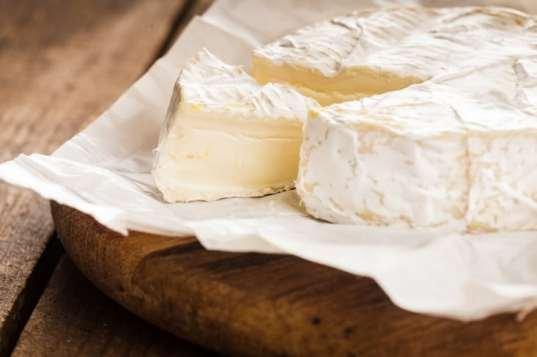 فوائد الجبن وما هو النوع الذى يجب أن تقدمية لطفلك ؟