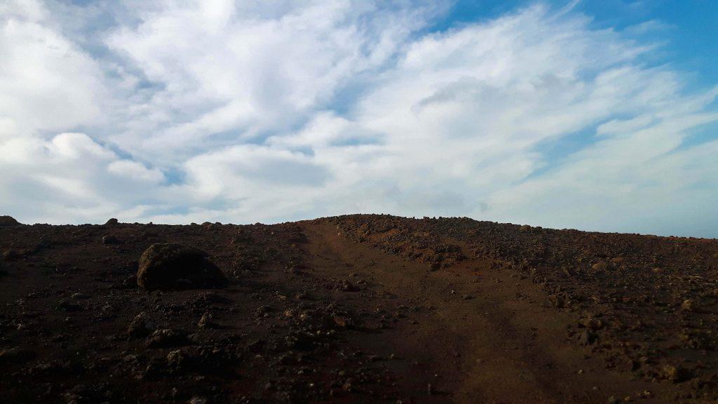 Lanzarote-travel-guide-timanfaya-nationalpark-vulkan-landschaft-himmel-sand (1 von 1) (1)
