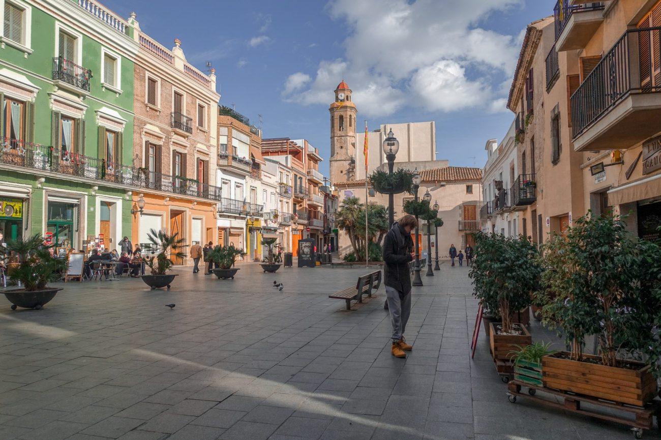 calella-travel-guide-winter-marktplatz