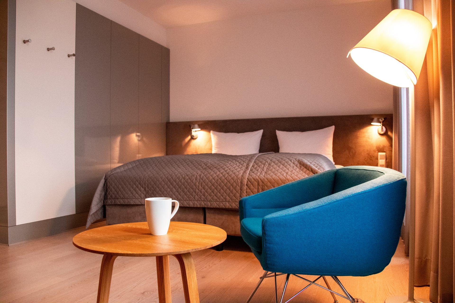 Maximilians-Boutique-Hotel-Landau-stuhl-bett