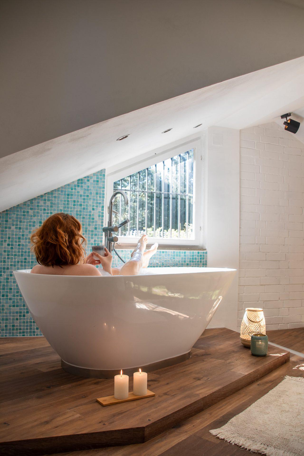Haus-am-See-badewanne-tee