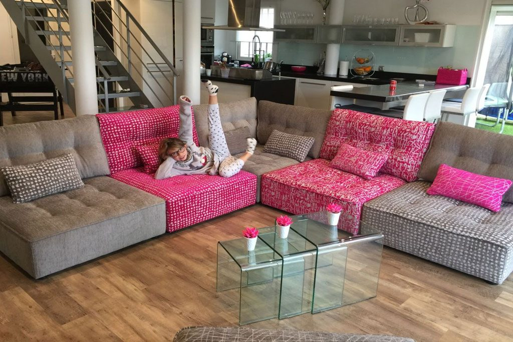 montreal sectional sofa queen sleeper sofas on sale modern style arianne love - famaliving