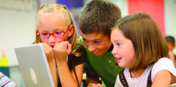 Children_at_school___Flickr_-_Photo_Sharing_