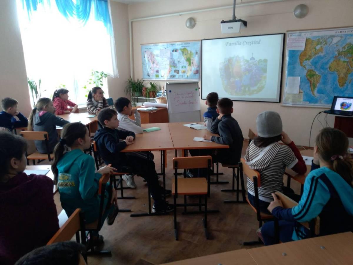 Seminar pentu o Familie Fericită în s. Bahmut