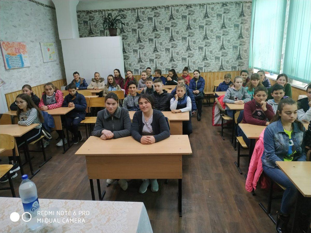 """""""Tinerii și tinerețea"""" – seminar pentru tinerii din Mărinici"""