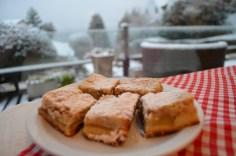Tortas de maçã do café da manhã do Tirol