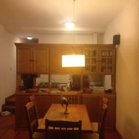 Sala de jantar com cozinha