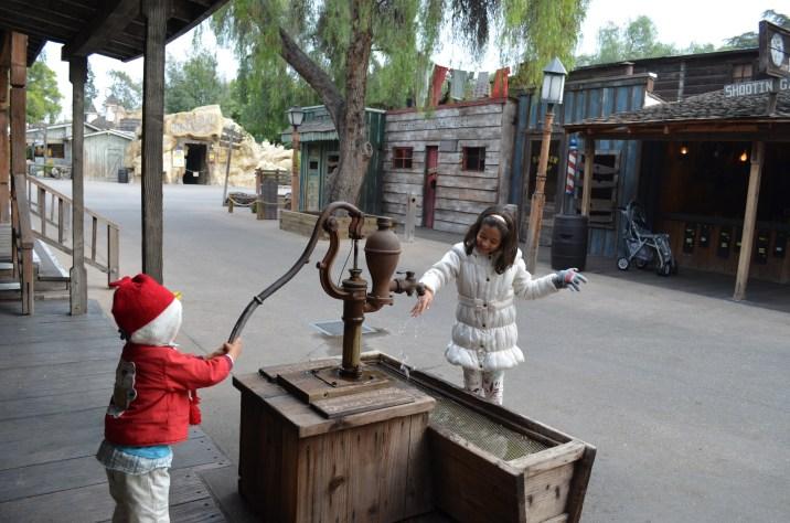 Brincando no Velho Oeste