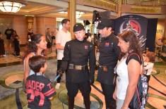 Interagindo com os comandantes do Império