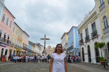 Pátio em frente à igreja