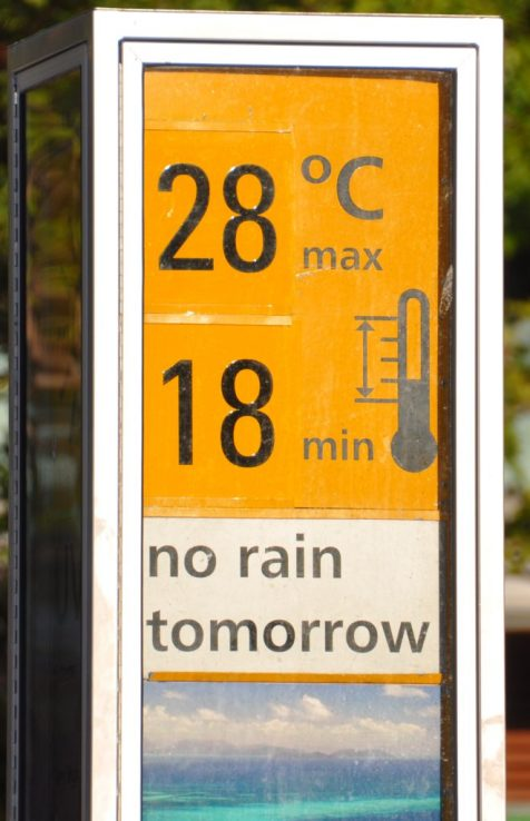 (C) Jule Reiselust: Wetterbericht am Strand von Cairns/Queensland