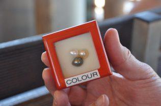 (C) Jule Reiselust: Perlenfarben