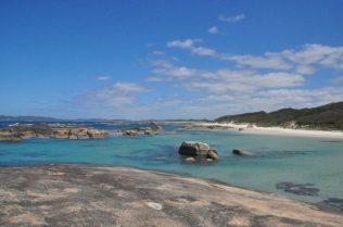 (C) Jule Reiselust: Karibische Strände am Southern Ocean in der William Bay.