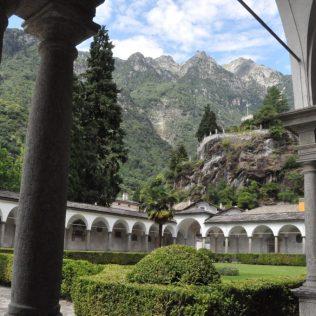 (C) Jule Reiselust: Kloster San Lorenzo in Chiavenna.