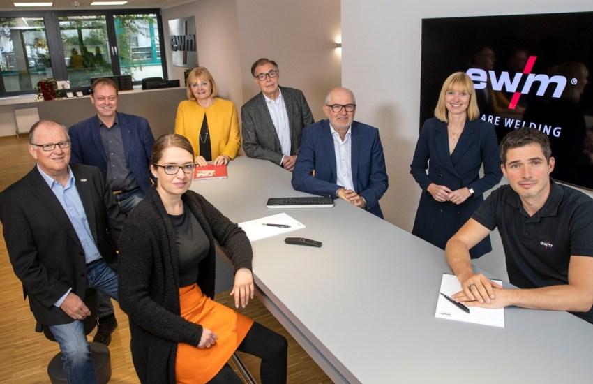 Susanne Szczesny-Oßing (55): Neue Vorstandsvorsitzende im Familienunternehmen EWM AG