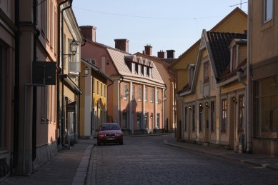 Adolf Fredriks hem i Eskilstuna i dag. Kvistarna har tillkommit senare. Foto: Esben Alfort.