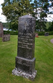 Per Magnus och Hedda Sofia Carlssons familjegrav. Foto vänligen inskickat av Mari Fredberg.
