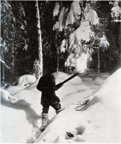 På väg till julottan. Källa: Från Sommabygd till Vätterstrand V.