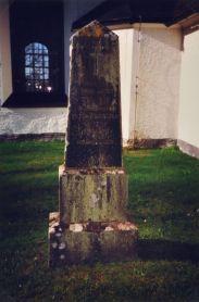 Fredric och Eleonora Christinas gravsten på Kristbergs kyrkogård: Prosten Fredric Drotty 1786-1856 och hans maka Eleon. Christina Ahlfort 1794-1874. Gud är kärleken.