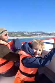 på båtsafarin
